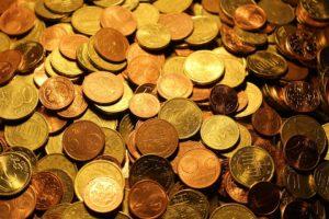sonhar com moedas
