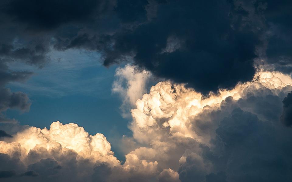 sonhar com tempestade