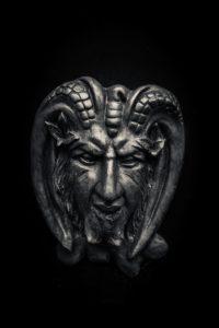 sonhar com demônio