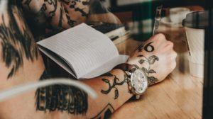 Sonhar com tatuagem