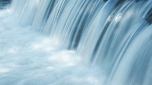 sonhar com muita água