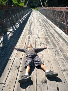 Sonhar com criança morta