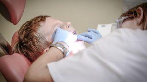 Sonhar com dentista