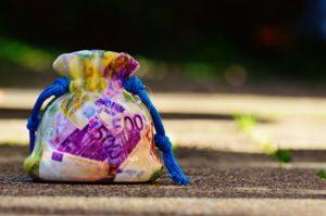 Sonhar com saco de dinheiro