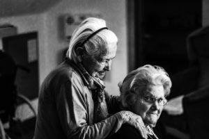 Sonhar com avós falecidos