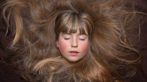 sonhar com cabelo grande