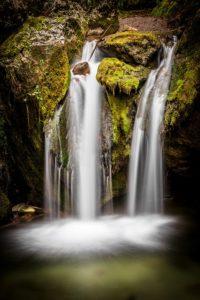 Sonhar com cachoeiras