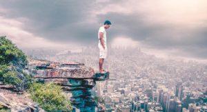 Sonhar com altura e medo de cair