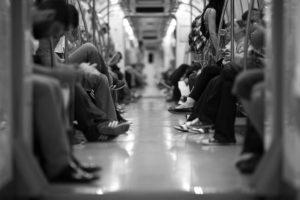 Sonhar com metrô